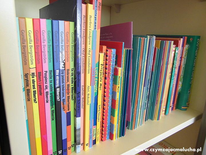 regały na książki dla dzieci