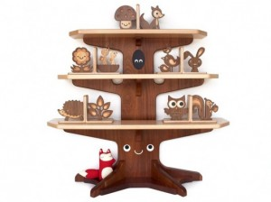 woodland-happy-tree-bookshelf-537x402-300x224