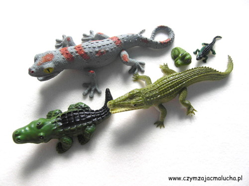 SAM_5072-figurki krokodyli