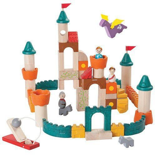 drewniany zamek plan toys