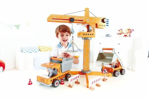 drewniany dźwig dla dzieci