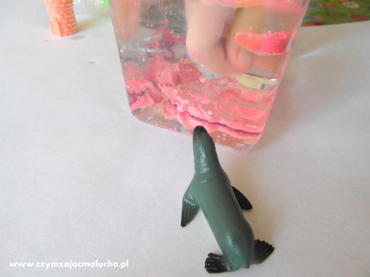 kolorowy piasek dla dzieci