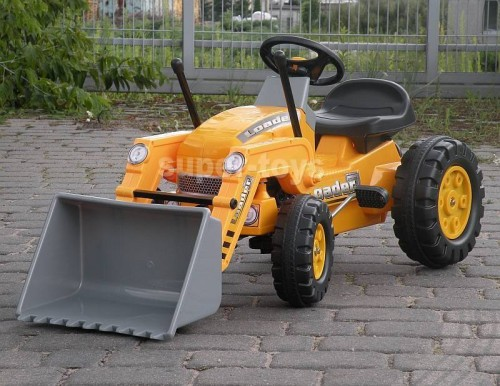 traktor z łyżką